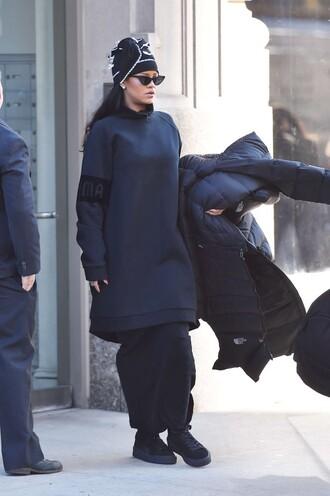 sweater oversized sweater oversized dress sneakers rihanna beanie all black everything sunglasses hat