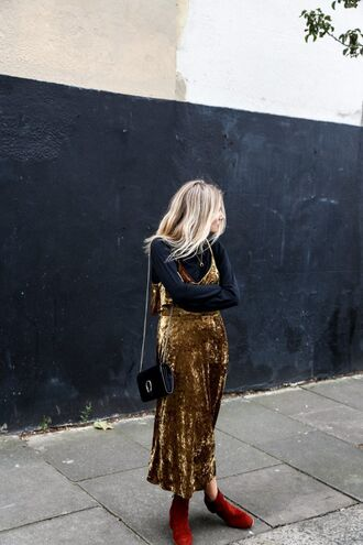 dress velvet slip dress velvet velvet dress gold dress maxi dress long dress top black top boots red boots ankle boots mid heel boots bag fall outfits black bag tumblr