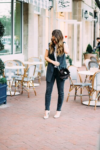 thefashionhour blogger jacket t-shirt jeans shoes sunglasses jewels bag vest crossbody bag pumps skinny jeans furry bag