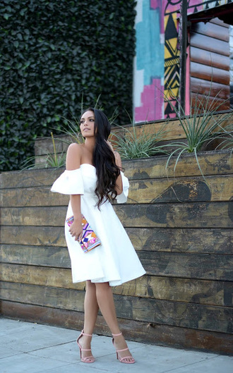 vanessa balli blogger dress bag shoes off the shoulder dress white dress clutch high heel sandals pink heels