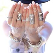 jewels,ring,cardigan,girl,festival,jewelry,silver,gold,gorgeous,beautiful,hot,sexy,pretty,style,stylish,fashion,fashionista,girly