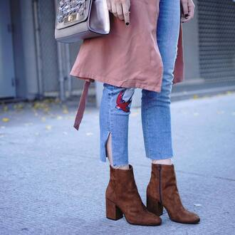 shoes tumblr ankle boots brown boots high heels boots thick heel block heels denim jeans blue jeans skinny jeans coat pink coat