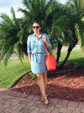 a pretty penny blogger shirt dress chambray