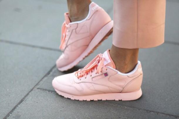 reebok pastel pink shoes 62bb89253