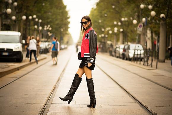 fashion vibe blogger sunglasses bag jewels jacket