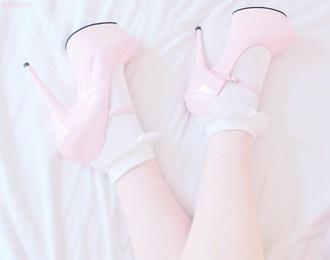 shoes pink pastel