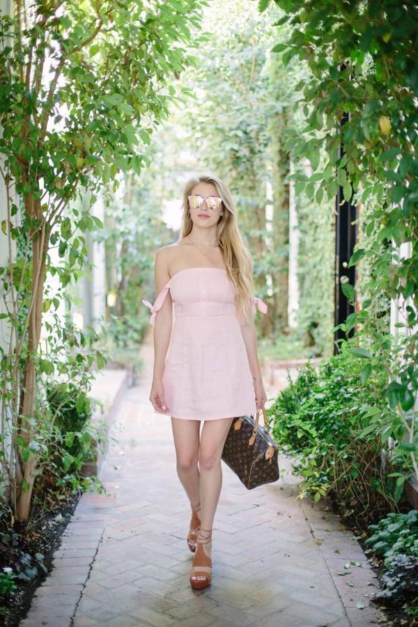 hustle and halcyon blogger dress shoes bag jewels