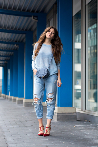 the fashion fraction blogger sweater jeans bag shoes