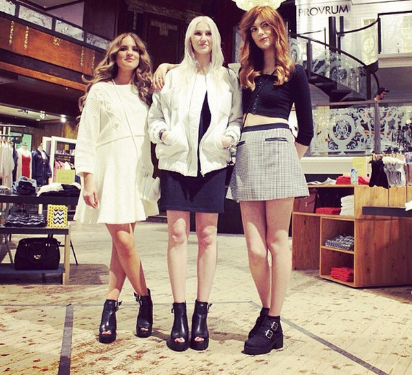 skirt ebba zingmark black boots black and white skirt booties checked skirt crop tops ankle boots shoes