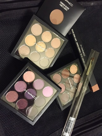 make-up mac cosmetics shadows pallets brows blush eye shadow makeup palette