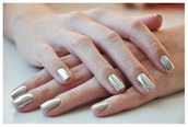 jewels,nail polish,nails,gold,silver,metallic