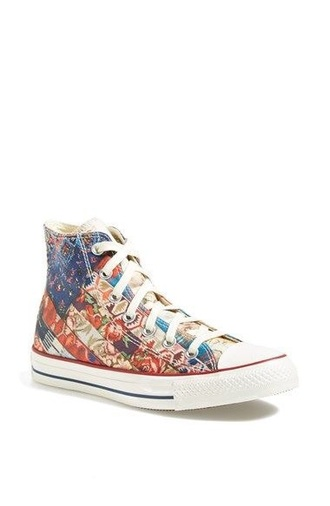 shoes pattern canvas sneakers converse chuck taylor all stars high top sneakers high top converse red blue beige flowers urban outtfitters