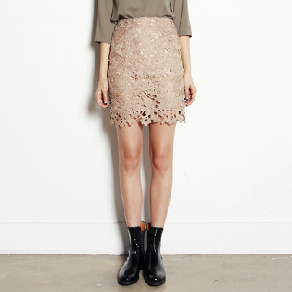 H line lace skirt