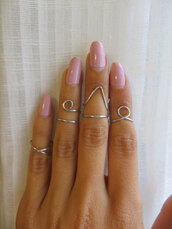 jewels,knuckle ring,above the knuckle ring,above knuckle ring,ring in the middle finger