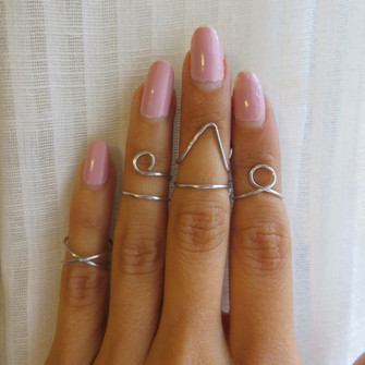 ring in finger jewels midi ring midi rings above the knuckle ring above knuckle ring the middle