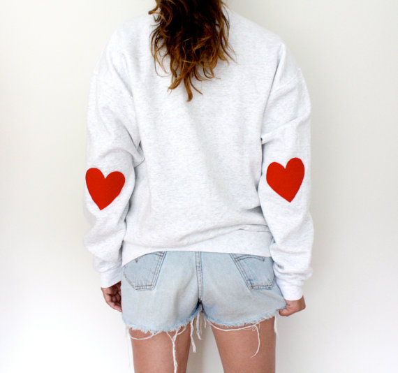 Elbow heart sweatshirt  original red par mfjewels sur etsy