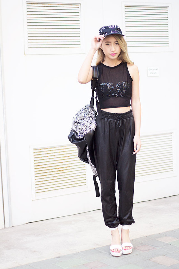 style2bones t-shirt pants shoes