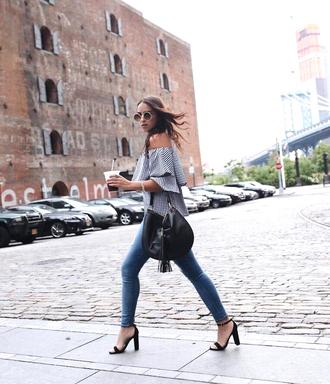 top tumblr off the shoulder off the shoulder top gingham denim jeans blue jeans skinny jeans sandals sandal heels high heel sandals bag black bag shoes sunglasses