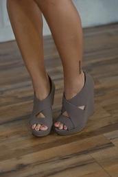 shoes,style,summer shoes,high heel sandals,sandels,desert color,wedges