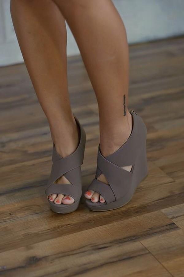 shoes style summer shoes high heel sandals sandels desert color wedges