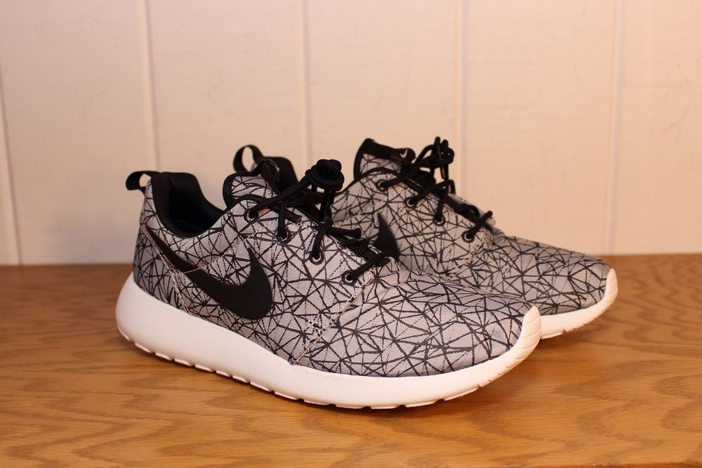 Nike Rosherun Roshe Run Summit White Black GPX PRM Premium 631751 100 | eBay