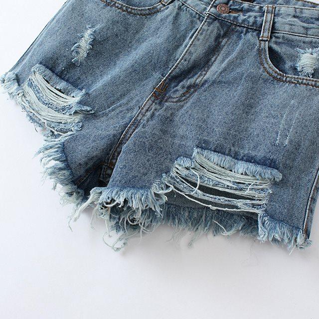 Blue Ripped Pockets Denim Shorts - Sheinside.com
