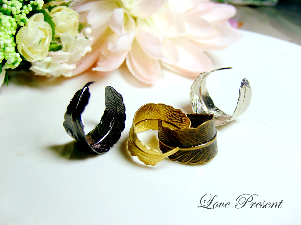 Silver Novelty Rings - The Feather Ring Antique Down art nouveau vintage - Color Anti Brass,Gold,Black Vintage & Silver - Choose your color