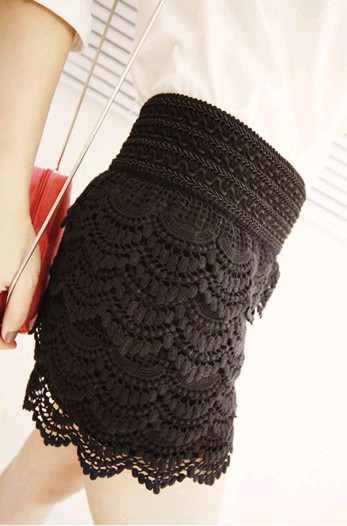 New arrival layered crochet lace shorts for women (black,free size)