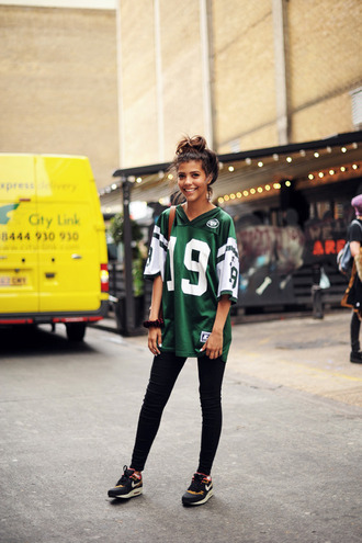 t-shirt streetstyle green jersey number sweet city boyfriend tshirt boyfriend trikot collage city outfits