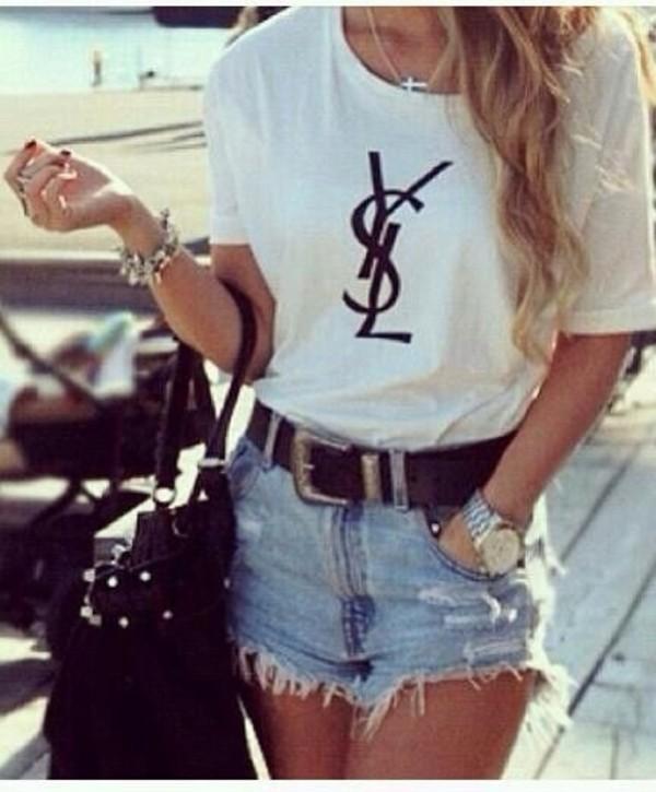 t-shirt belt bag shorts