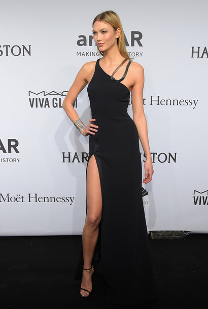 Karlie Kloss Wearing A 4200 Mugler Dress Available At Modaoperandi