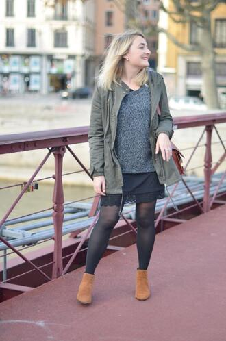paris grenoble blogger grey sweater parka ankle boots
