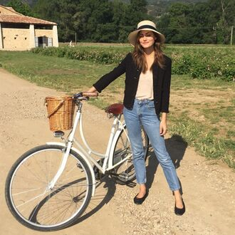 jeans cropped cropped jeans denim jacket shoes t-shirt hat straw hat tweed jacket black jacket phoebe tonkin casual friday weekend outfits bike tumblr blue jeans top nude top flats ballet flats black flats