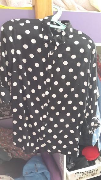 blouse points black t-shirt white top black and white blouse