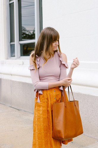 skirt suede skirt tumblr midi skirt suede button up button up skirt bag tote bag top pink top cut-out