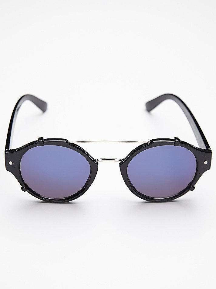 Free People Flick Sunglass