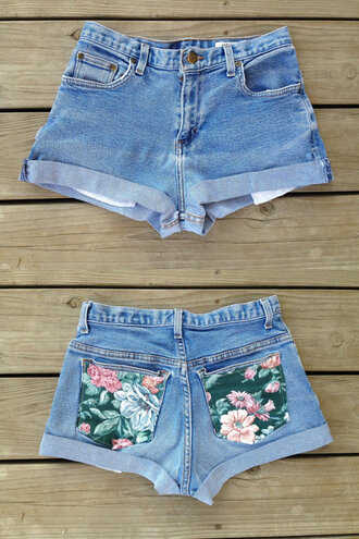 shorts denim high waisted floral pattern pockets tumblr high waisted shorts shoes cute high waisted blue shorts vintage high waisted denim shorts jeans blue pink flowers flowered shorts girly floral skater skirt floral back pockets fashion