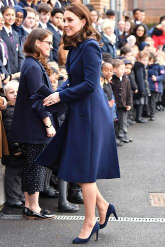 coat kate middleton navy pumps spring outfits