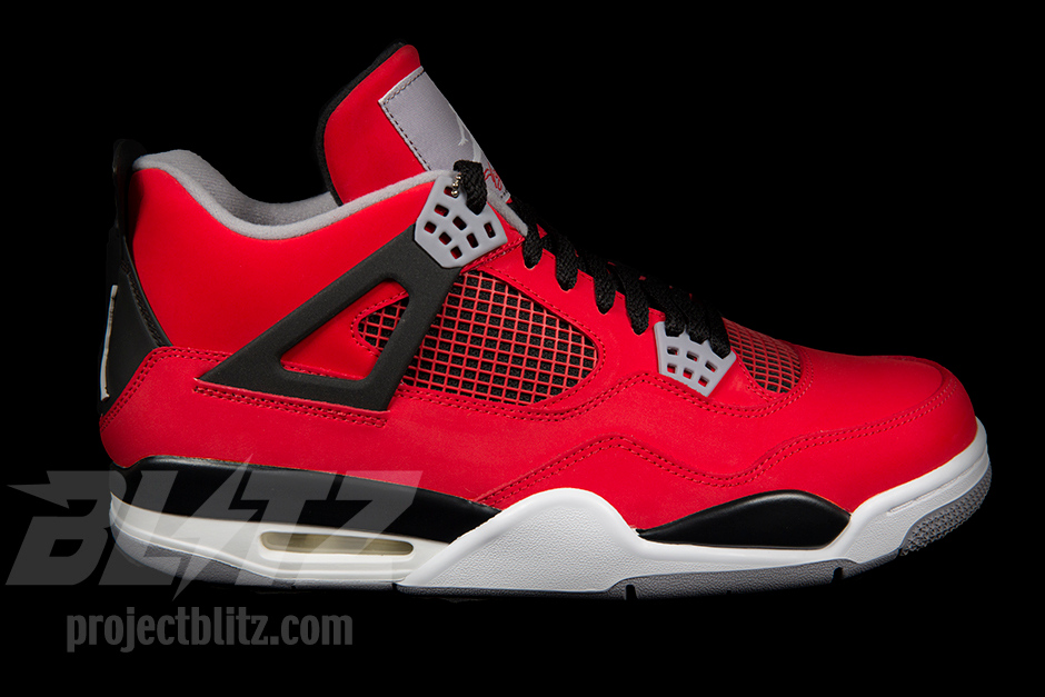 competitive price 18ef3 a164d Nike Air Jordan 4 IV Retro Toro Bravo Size 9 5 Fire Red White Black Cement  Grey   eBay