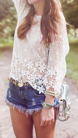 summer outfits blouse t-shirt top crochet bag style belt crochet crop top ripped shorts denim shorts denim high waisted shorts streetwear streetstyle white t-shirt white crop tops jewels lace top