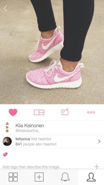 shoes nike nike roshe run pink white