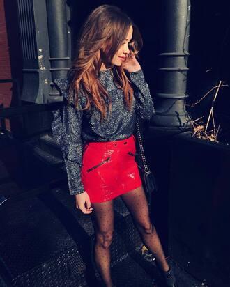 skirt tumblr red skirt mini skirt vinyl vinyl skirt tights polka dots top silver silver top long sleeves ruffle ruffled top metallic