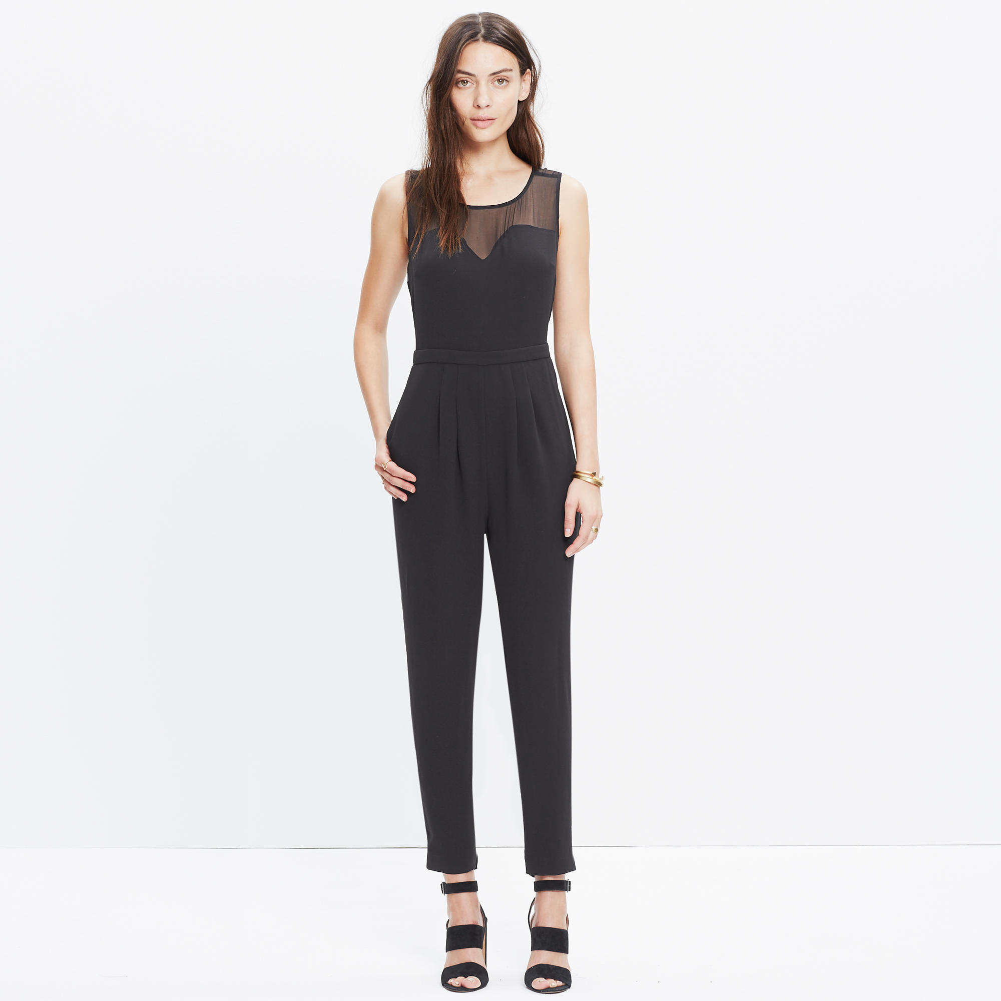 Get glam with our collection of evening jumpsuits, the perfect party dress alternative when you're going Out Out! Shop the party range of jumpsuits today.