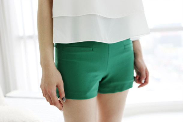 Shorts: pants, green patn, green pant, pants, short, tropical ...