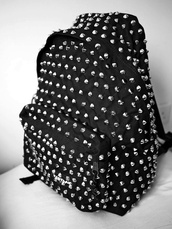 bag,nails,backpack,black bag,back to school,pink,black,punk,girl,glamour,fashion,new york,stars,vip,celebrity,smile,summer,dress,jewerly,sweater,shirt,chanel,pack,bookbag,silver,spikes,studded,silver studs,studded bag