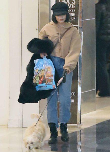 sweater hoodie jeans hat vanessa hudgens celebrity streetstyle