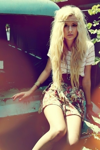 skirt flowered shorts flowers floral indie vans hipster soft grunge grunge hippie bohemian tumblr rock