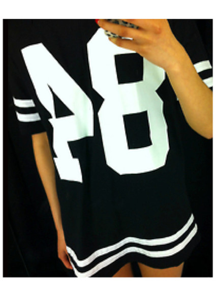 oversized t-shirt white black stripes jersey 84