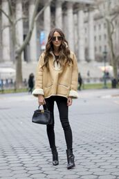 something navy,blogger,coat,top,jeans,shoes,sunglasses,bag,winter outfits,black jeans,streetstyle,chloe,bomber jacket,cold,isabel marant,revolve clothing,louboutin,black boots,ankle boots,fendi,cat eye,tumblr,camel,camel coat,denim,black skinny jeans,skinny jeans,black bag,boots,high heels boots,pointed boots