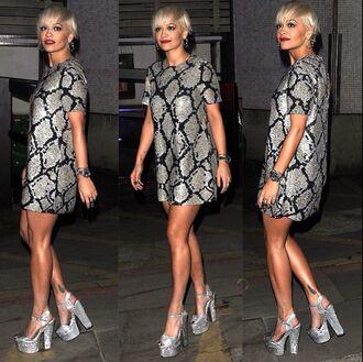 dress rita ora grey dress short hair